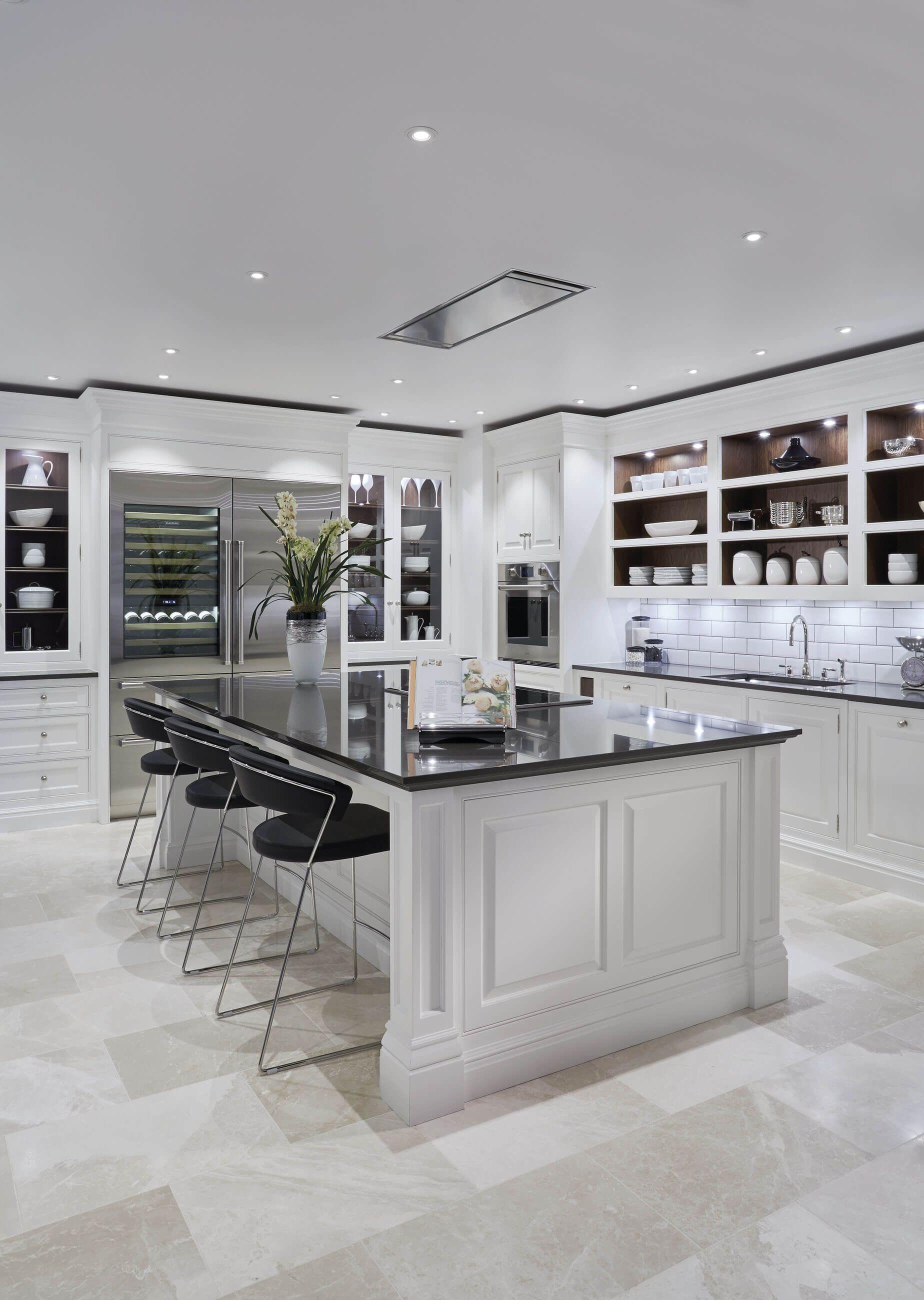 Kitchen Island in 2020 Luxury kitchens, Grand kitchen