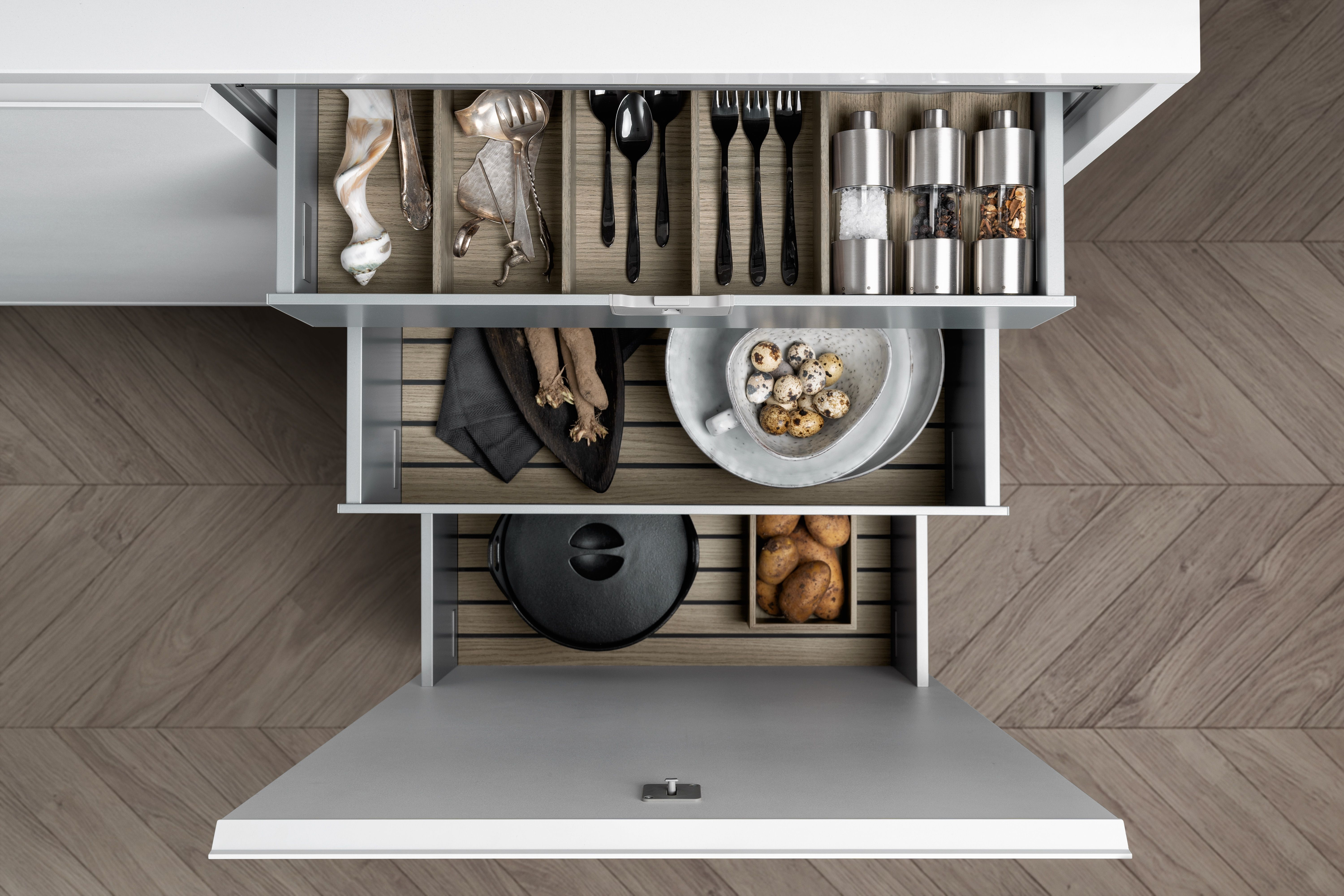 pin auf siematic inside for drawers and pull-outs