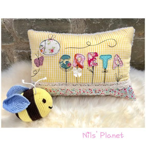 Cuddly Pillow WILDE HUMMEL TILDA Baby Pillow Children's Pillow with Name Flowers Bumblebee Girl Butterfly Cuddly Pillow Gift Birth Baptism