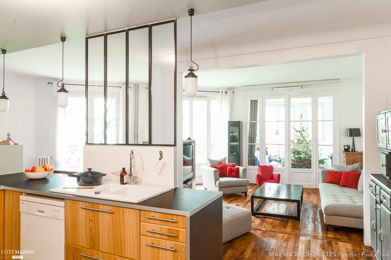 Cuisine Séparée Du Salon une cuisine séparée du salon par une verrière. | cuisine
