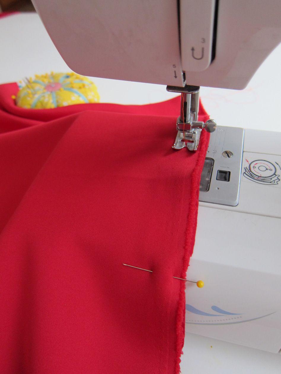 DIY Cassie Skirt - a LuLaRoe sewing hack. Make this cute pencil ...