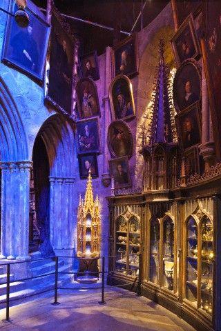 Pin By Leslie Schassen On Harry Potter Harry Potter Studio Tour Harry Potter London Harry Potter Studios