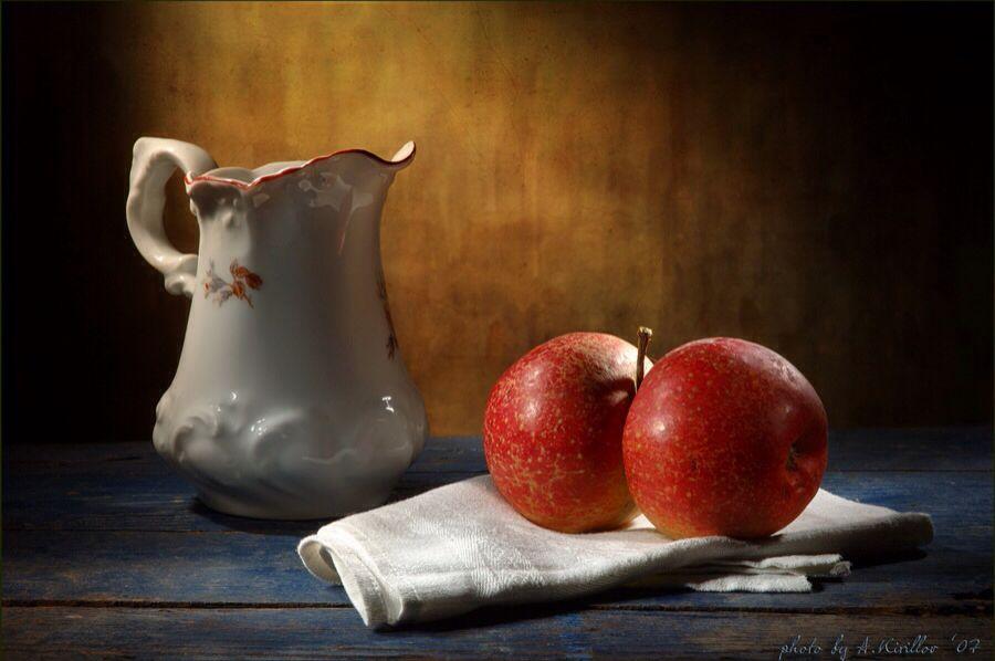 поймите, картинки натюрморт с кувшином и яблоком множества здравниц