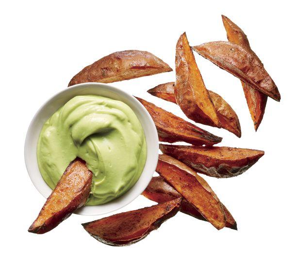 Camotes fritos con dip cremoso de aguacate. Recete en #WHoctubre