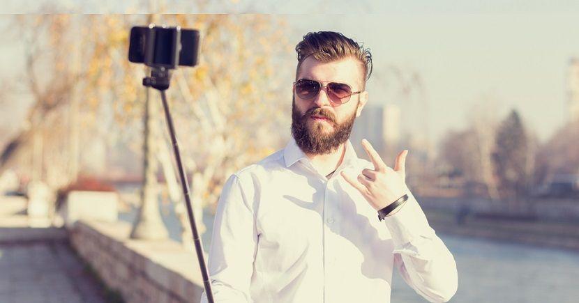 Coachella y Lollapalooza no quieren palo selfies en el festival