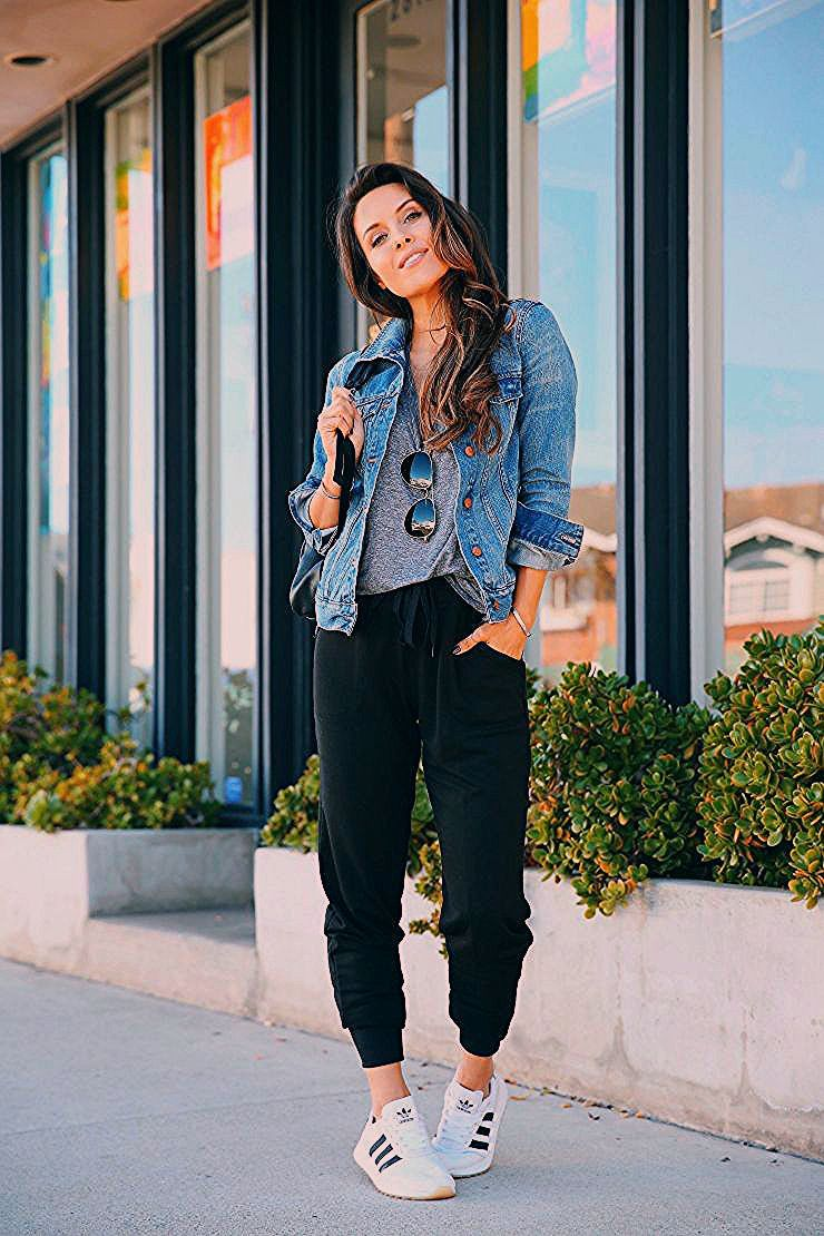 Photo of The Best Pair of Joggers You'll Ever Find Under $20 – Andee Layne