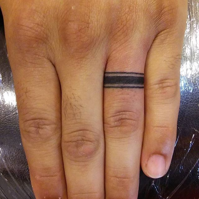 Male Wedding Ring Tattoo Designs: 40+ Awesome Finger Ring Tattoos For Men And Women