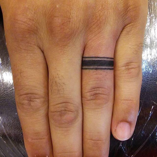 75 Finger Tattoos For Men: 40+ Awesome Finger Ring Tattoos For Men And Women