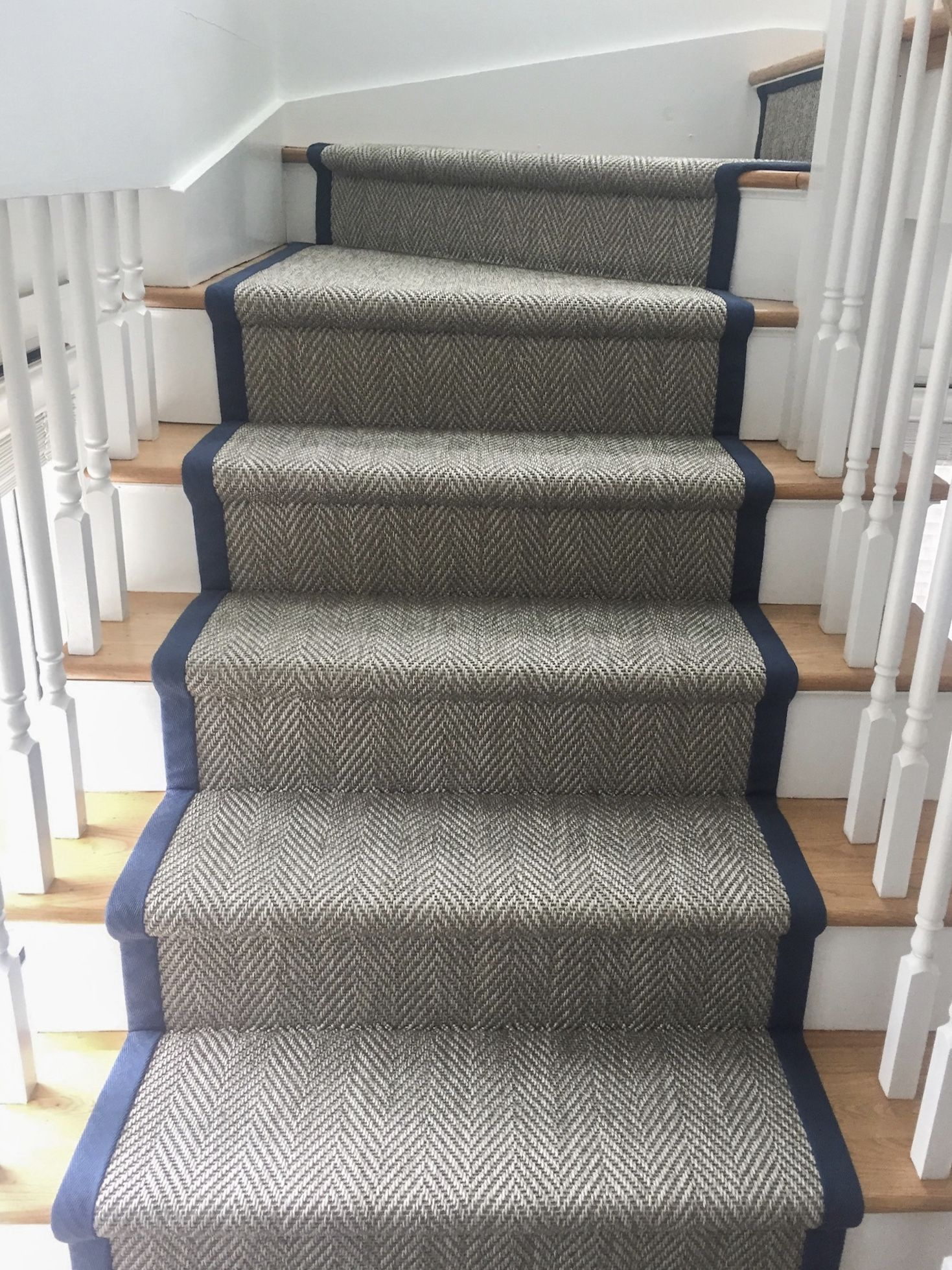 Indoor Outdoor Stair Runner With Nautical Navy Blue Wide Binding   Outdoor Carpet For Stairs   Navy Pattern   Artificial Grass   Front Entrance   Heavy Duty   Mosaic