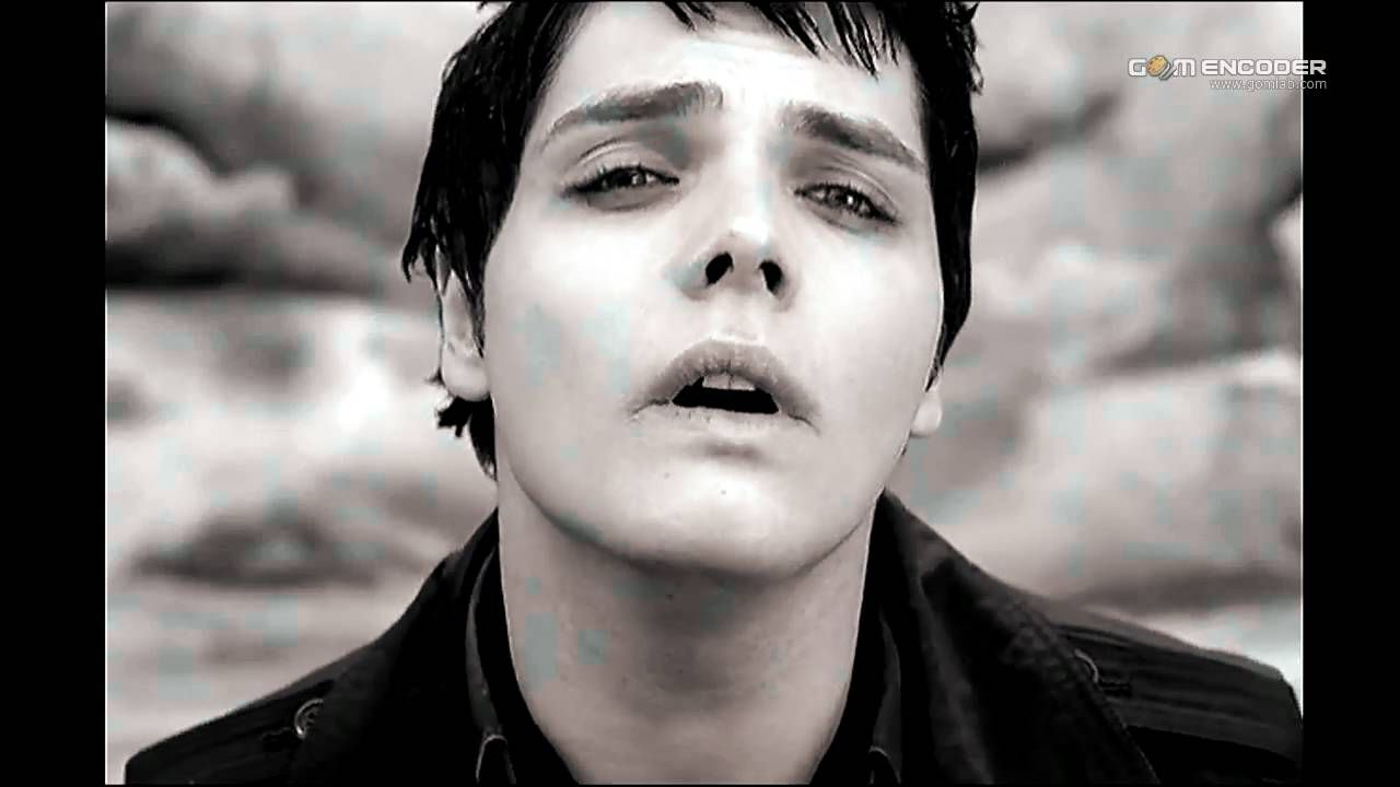 My Chemical Romance - I Don't Love You (Music Video) HD 720p My Chemical Romance I Don't Love You  2006 Reprise Records.
