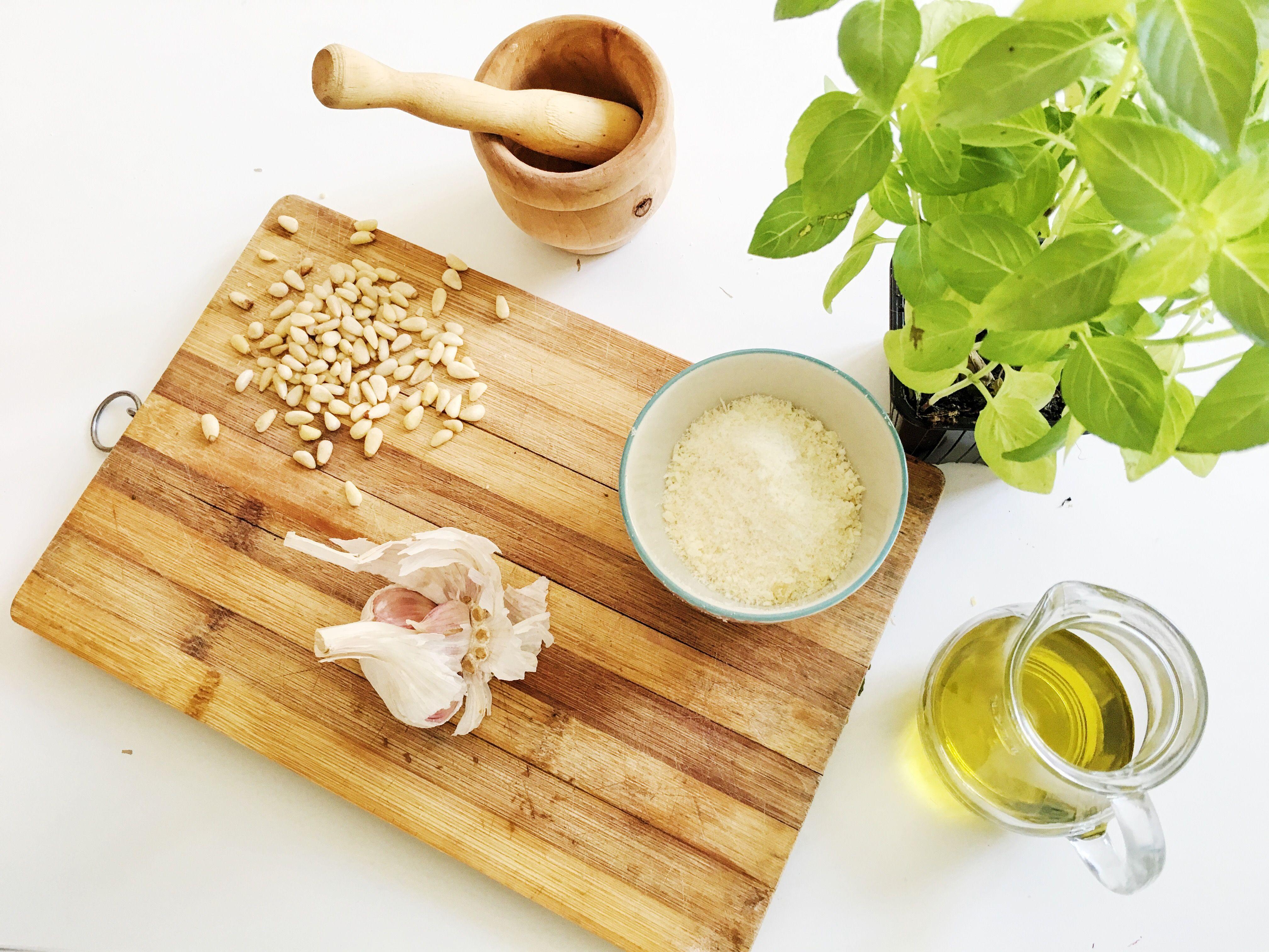 Ingredientes para salsa pesto