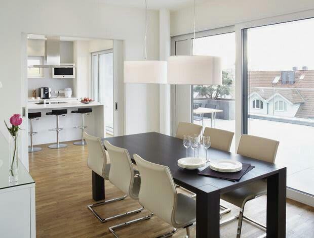 Schiebetr zwischen Kche und Essbereich  Haus  Home living room Home kitchens und Home Decor