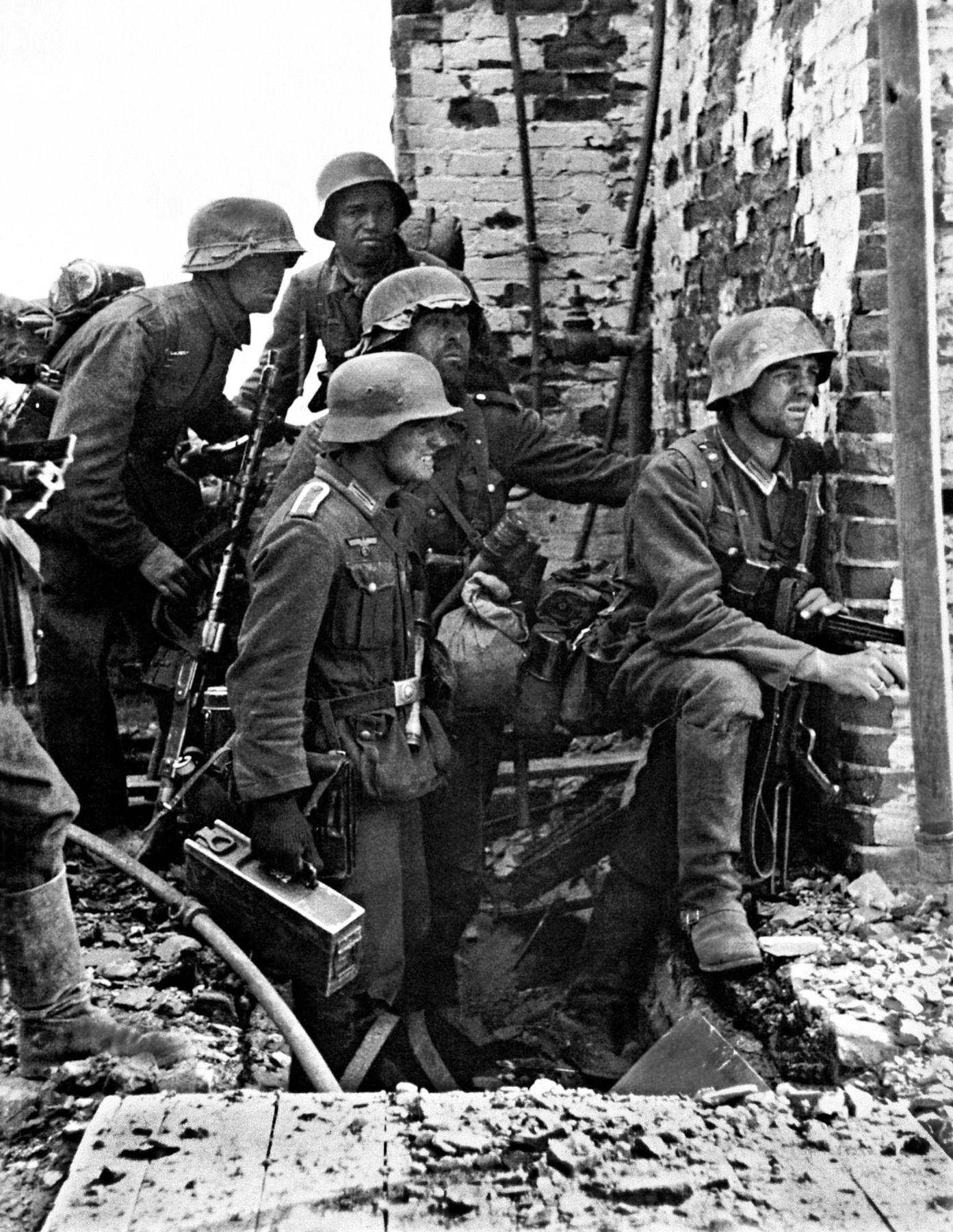 an essay on stalingrad during world war ii 28-4-2016 revised july 2014 9-12-2017 an essay on stalingrad during world war ii.