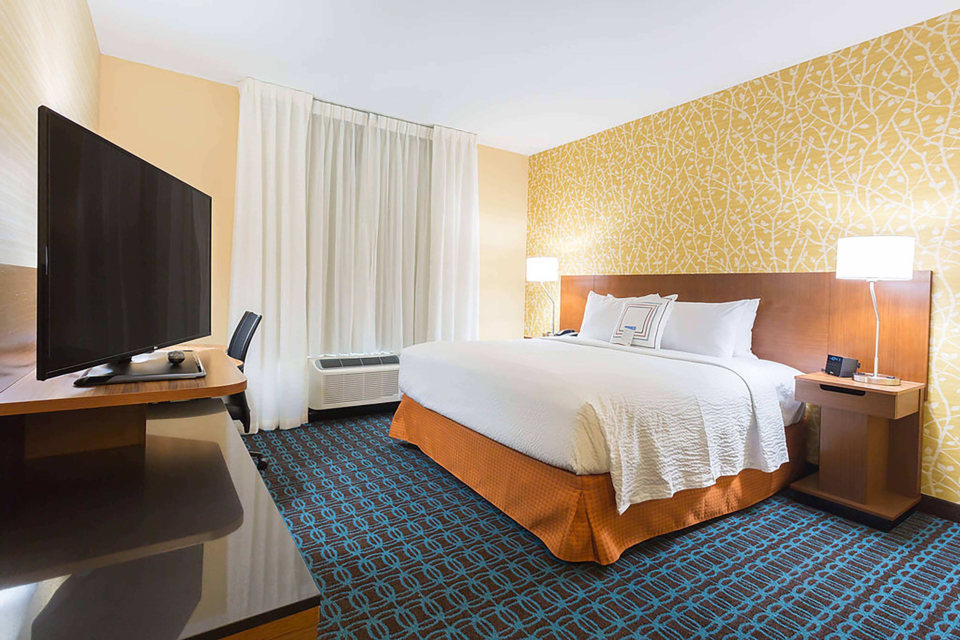 Fairfield Inn Fairfield inn, Find a room, Home decor