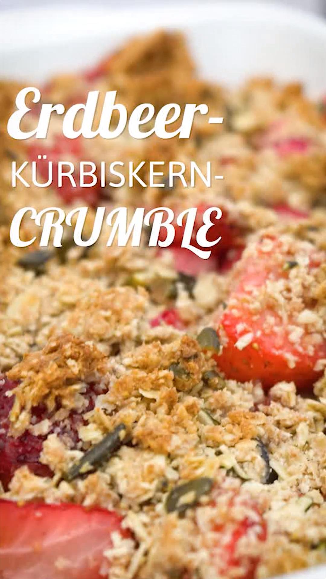 Erdbeer-Kürbiskern-Crumble #pumpkinseedsrecipebaked