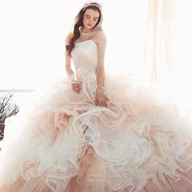 #weddingdress #promdress #novias  #bridalgown #flowerdress #dream  #ウエディングドレス#カラードレス #プレ花嫁 #ドレス#きれい#カクテルドレス  #グラデーション#パステルカラー  #カーネーション#ブライダル#花嫁 #チュール#結婚式準備 #kiyokohata #キヨコハタ KH_0393