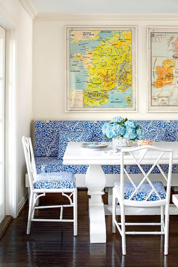 Insert a breakfast nook 50 best small space decorating tricks we learned in 2016