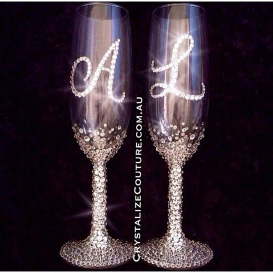 Champagne Glasses by Crystalize Couture  #champagneglasses #swarovski #SwarovskiElements #weddingthings