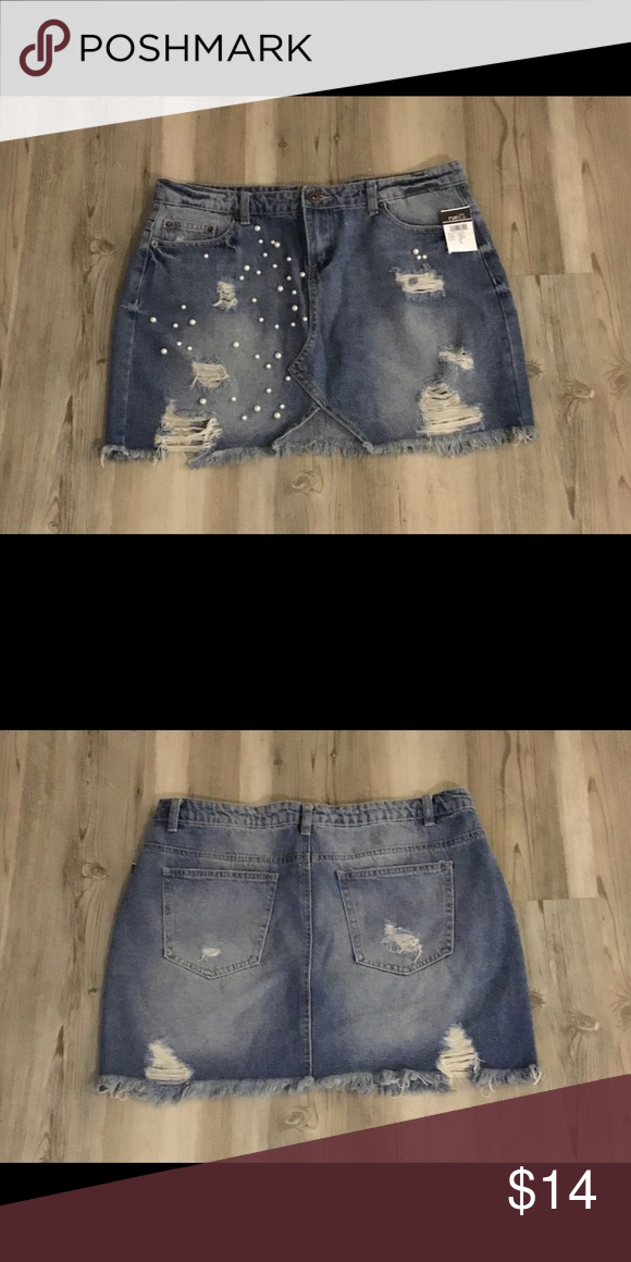 3dd2cff0e47d NWT~RUE 21 Distressed Pearl Accent Denim MiniSkirt This cute denim mini  skirt by Rue