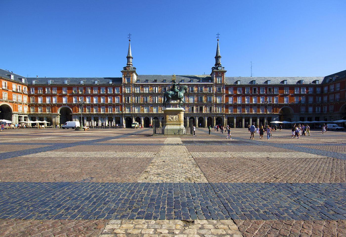 Conoce la historia de la plaza mayor de madrid madrid for Lugares turisticos de espana madrid