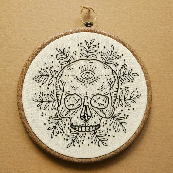 PDF pattern - Black and White Tropical Skull with Eye detail Hand Embroidery Pattern (PDF modern han
