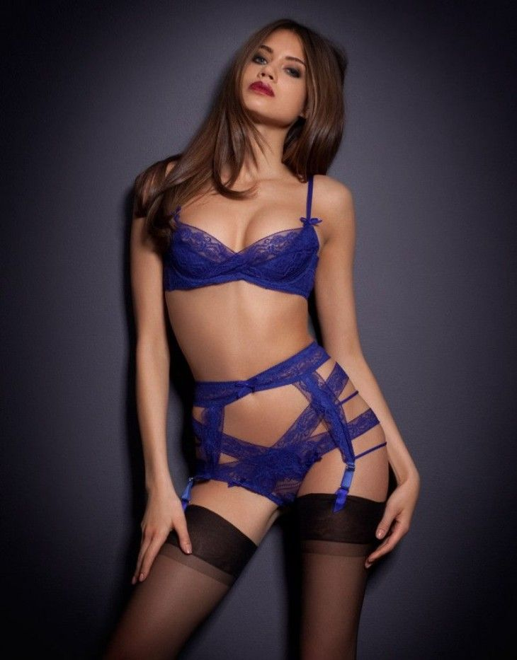 c08d604105 Jacqueline Oloniceva Agent Provocateur - she s got incredibly beautiful  blue eyes