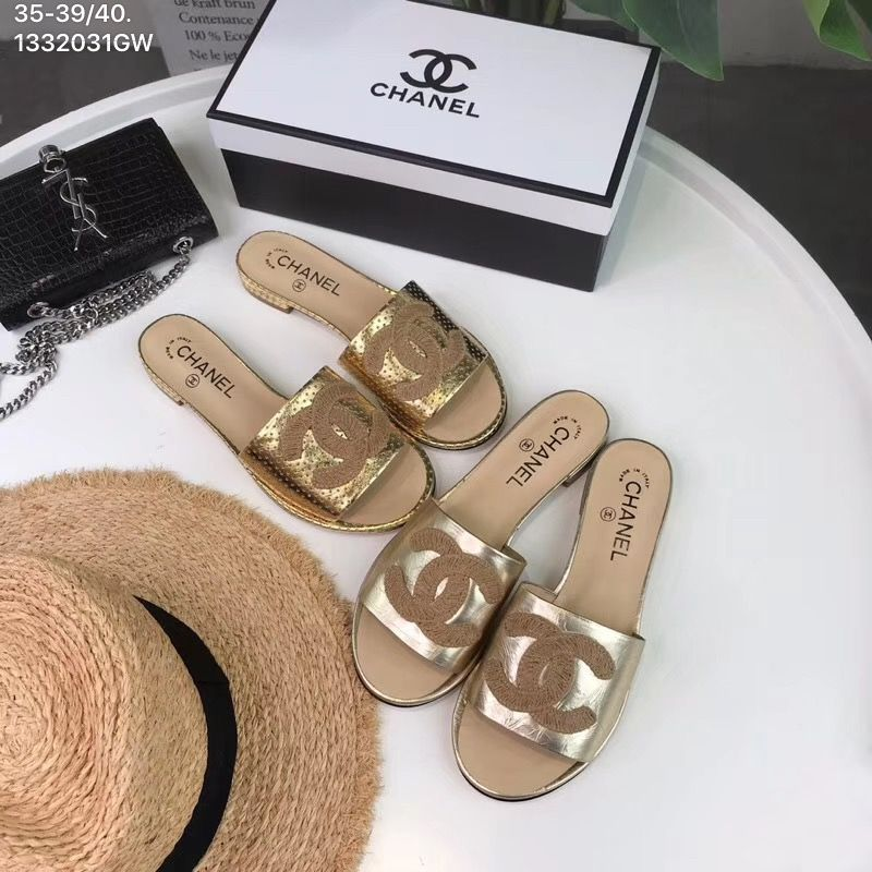 9dcc9781 Chanel CC woman new 2019 casual leather slippers beach sandals ...