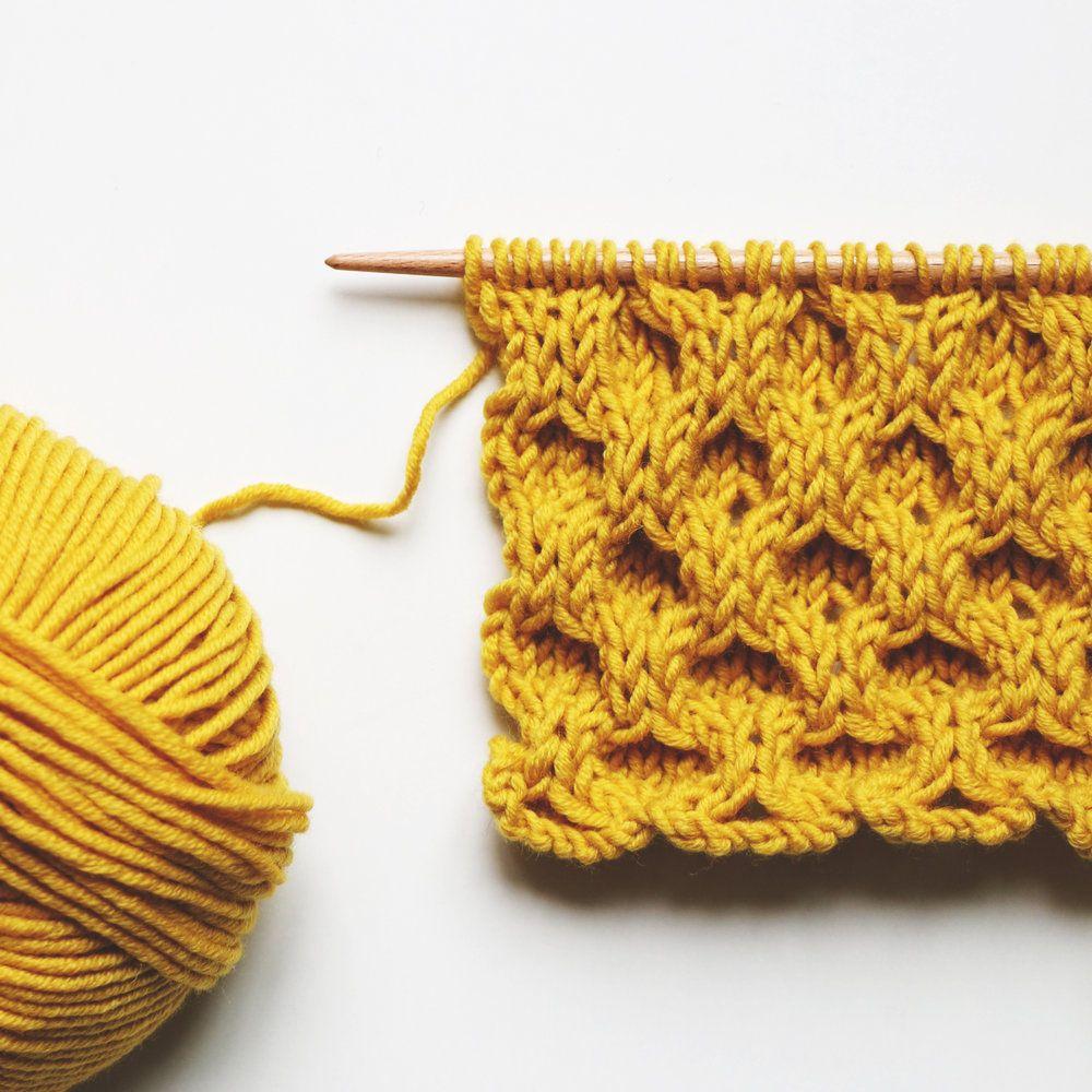 Le point cloqué ou point nid d'abeille – Classic aran honeycomb stitch or honeycomb cable stitch