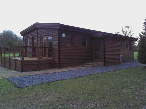 60ft X 20ft Log Cabin 4bed Timber Frame Turnkey Holiday Park Home Static  Caravan In Garden