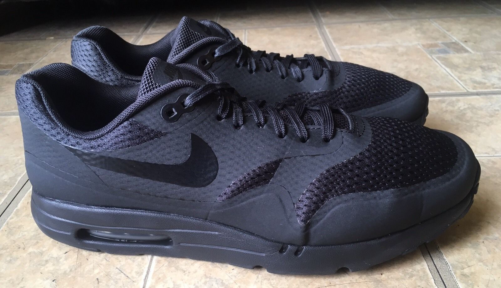 6fc3210b6d Mens Nike Air Max 1 Ultra Essential Black Running Shoes 819476 001 Size 11