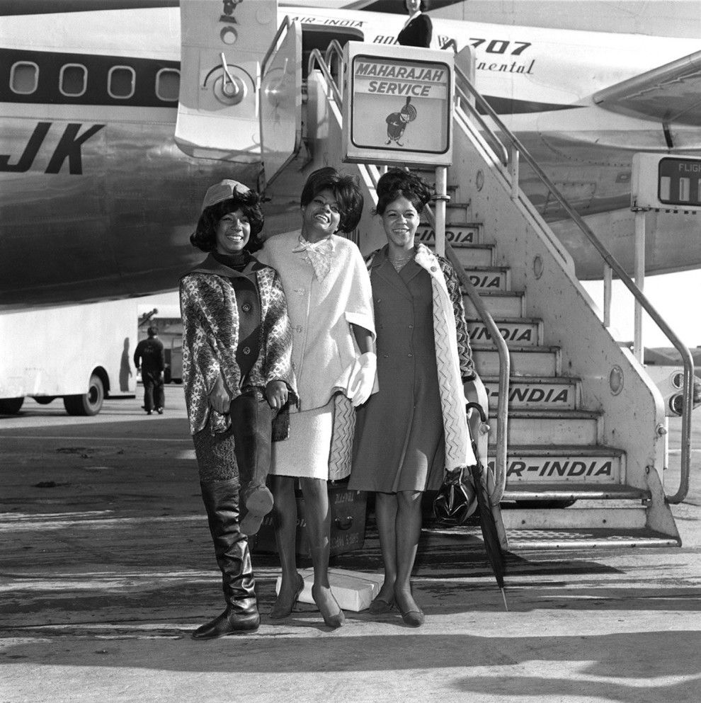 2896e1f95898 The supremes including diana ross pose at an undisclosed airport in air jpg  990x993 Airline jumpsuits