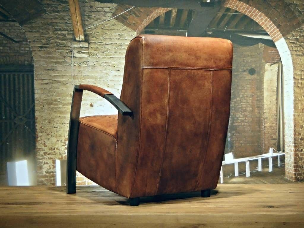 Oude bruine leren fauteuil: stoelen fauteuils huis inrichting