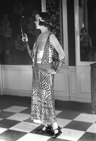 1920s art deco vintage fashion style Egyptian revival dinner dress boho ethnic snapshop found photo girl woman model hair shoes