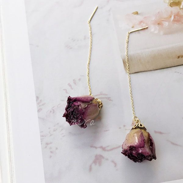 That S Why You Ll Treasure These Preserved Rosebud Earrings They Tell A Stylish Story Brims With Laidback Everyday Elegance
