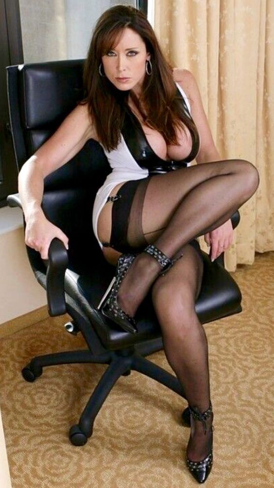 Crazy hot brunette milf