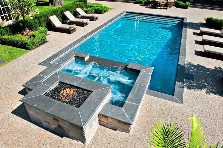 pool with spa designs geometric pool and jacuzzi for small. Black Bedroom Furniture Sets. Home Design Ideas