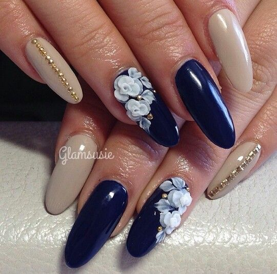 Navy Blue And Beige Floral Nails Glamsusie Floral Nails Floral