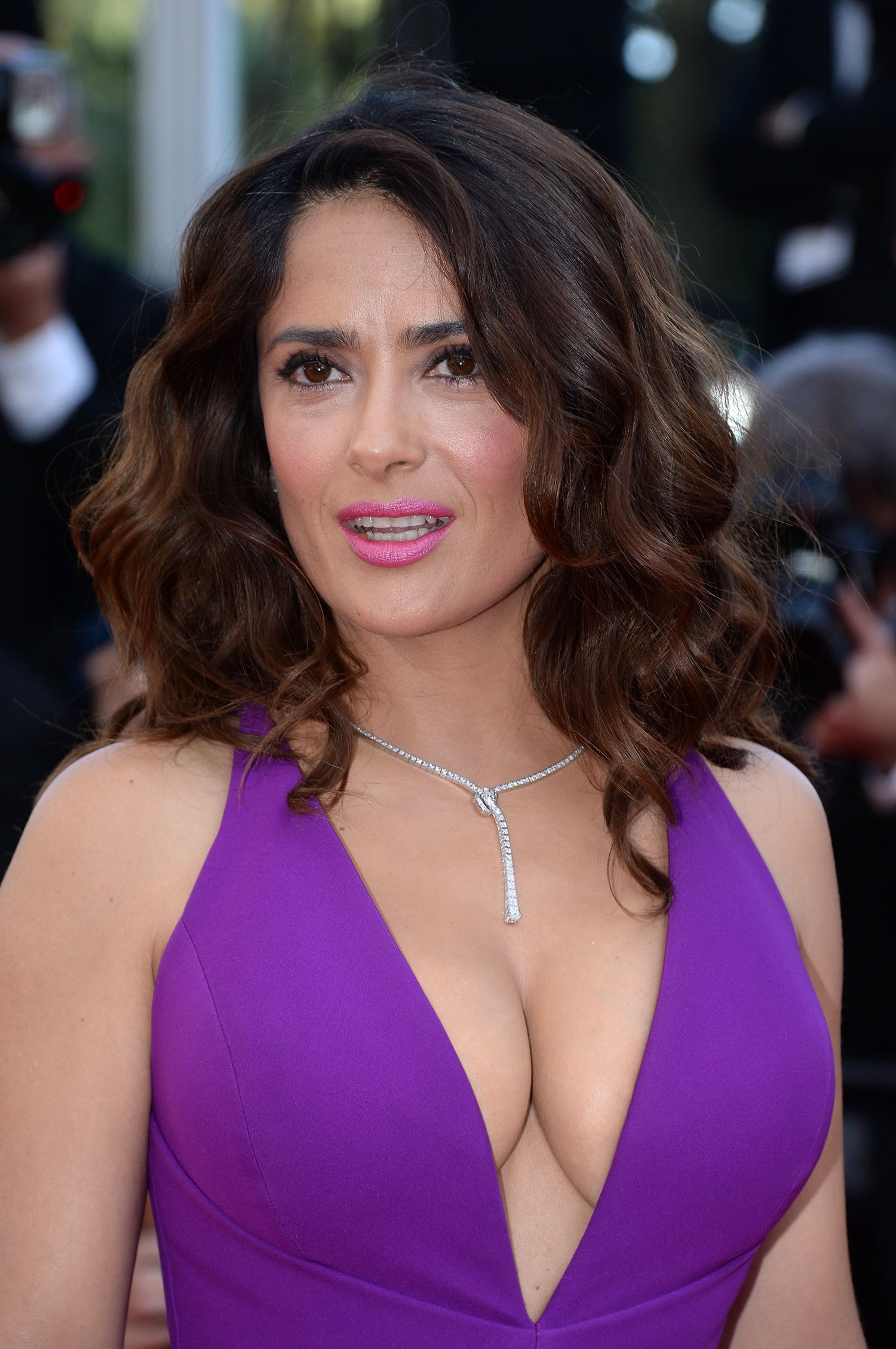 Salma Hayek in Gucci Gown at Carol Premiere at 2015 Cannes ...