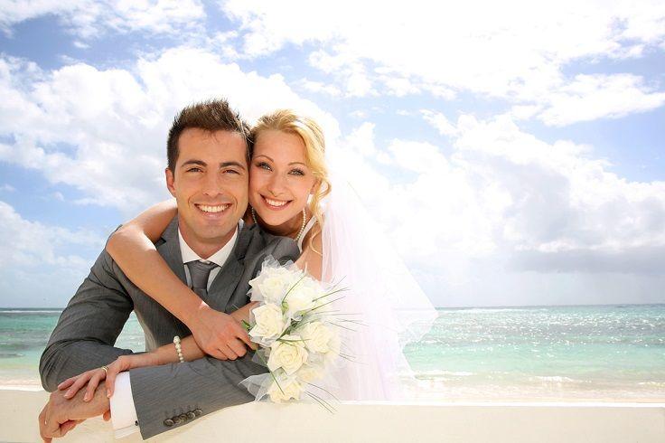 Say I Do On A Beautiful Beach In Bermuda Wedding