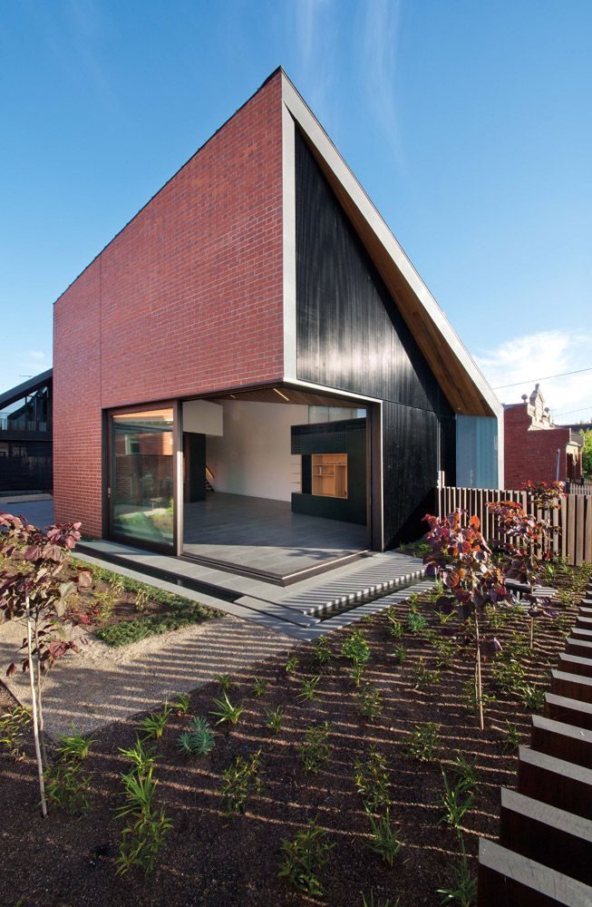 The Harold Street Residence is a new two storey dwelling located ...