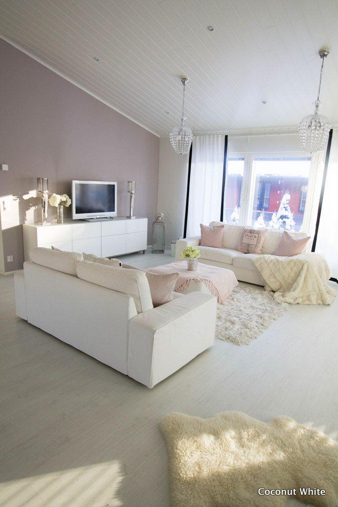 Coconut White: Aurinkoinen hetki kodissamme