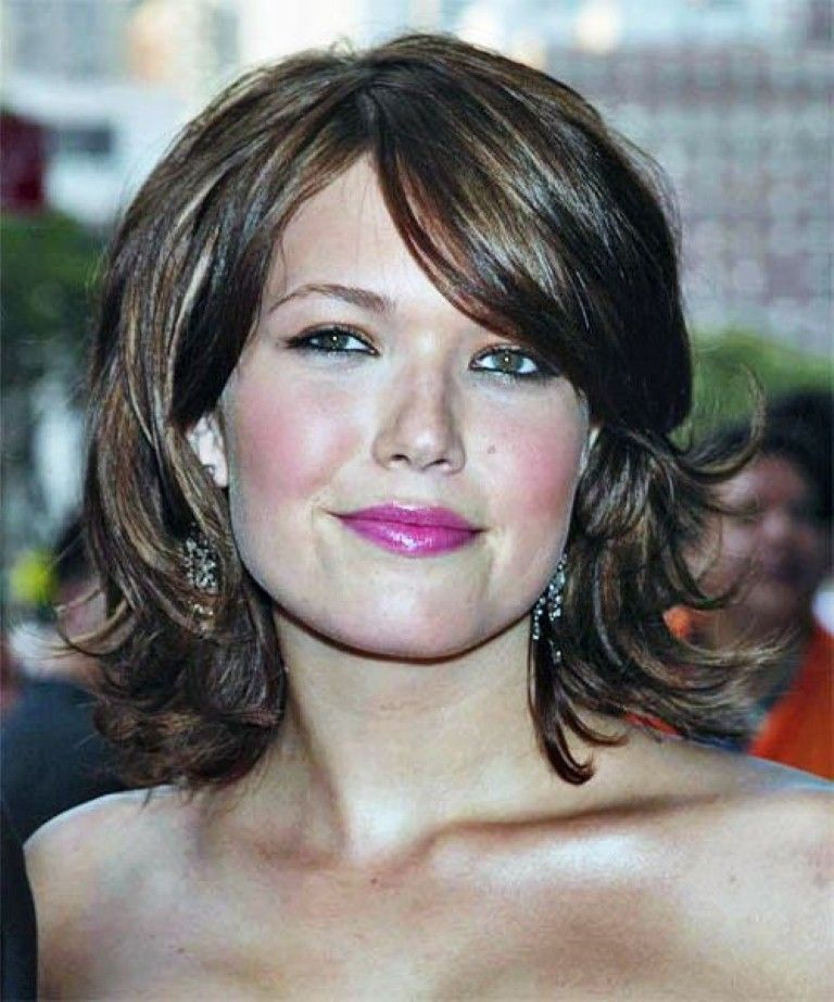 Wedding Hairstyles For Fat Faces: Hairstyles For Round Fat Face Women