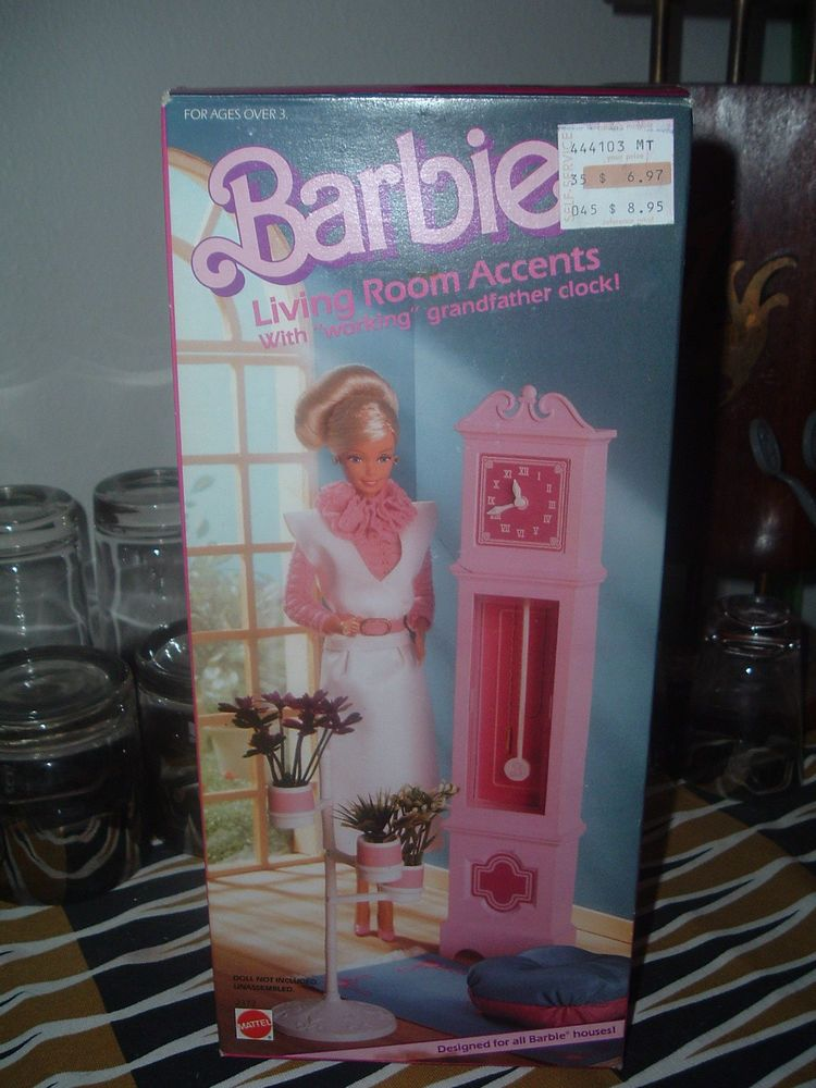 VINTAGE 1985 BARBIE LIVING ROOM ACCENTS GRANDFATHER CLOCK