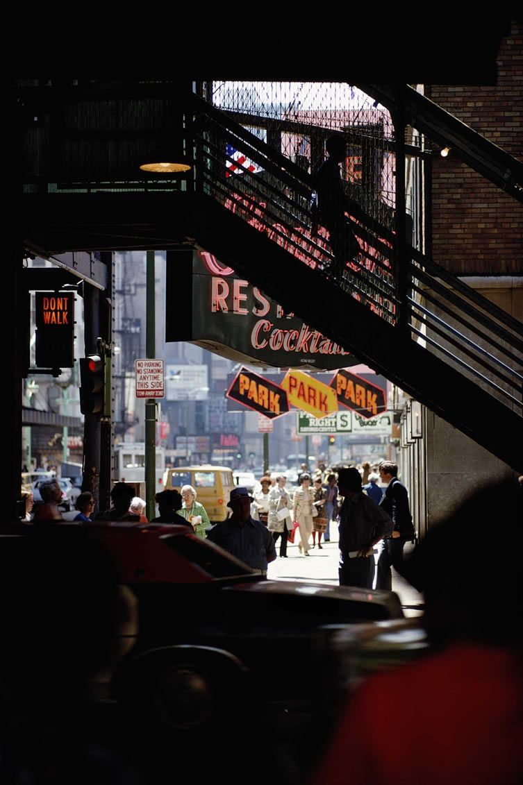 Ernst Haas Brought The Post War World To Life With His Pioneering Colour Film Work In 2020 Street Photography City Urban Photography