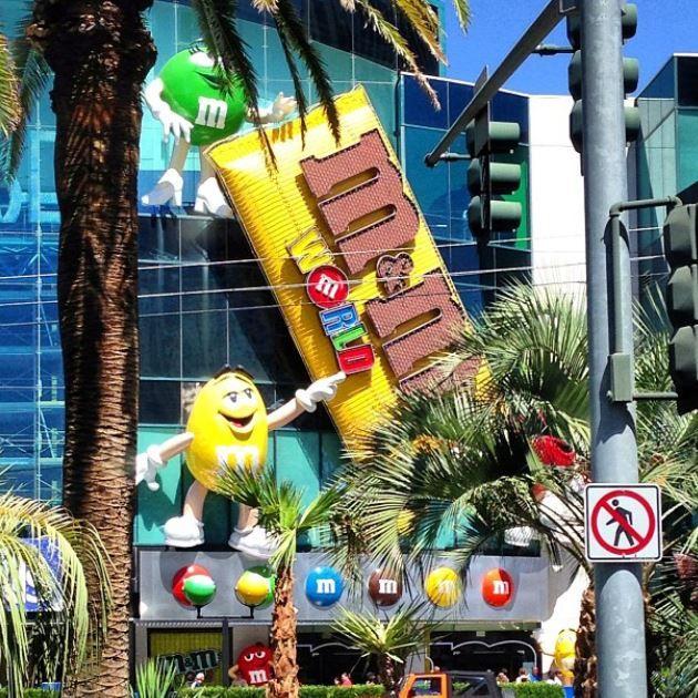 The greatest candy store. Las vegas, USA. #m&m'sstore #vegas #lasvegas #travel #m&m's