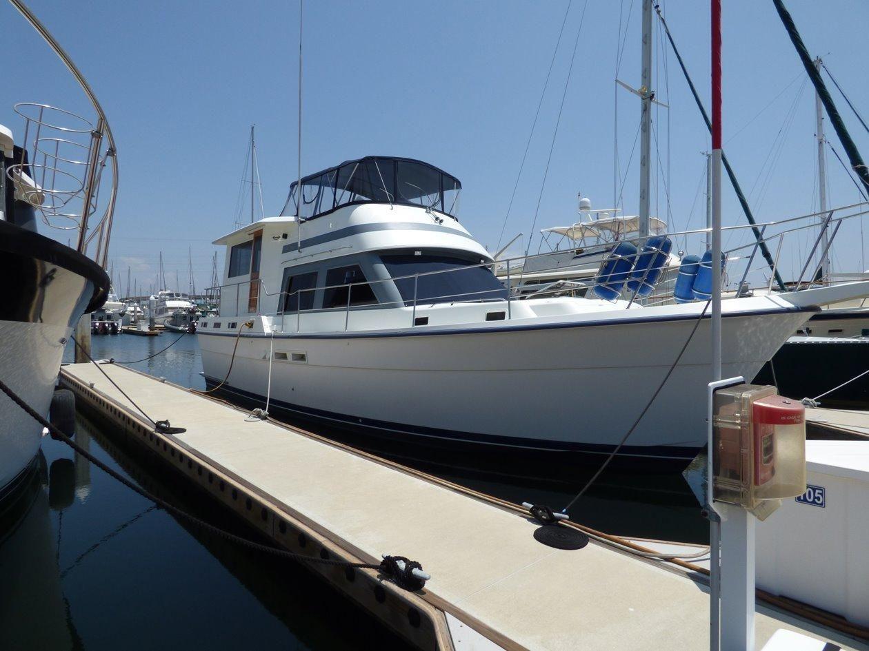 1986 Gulfstar Motor Yacht 44 Power Boat For Sale www