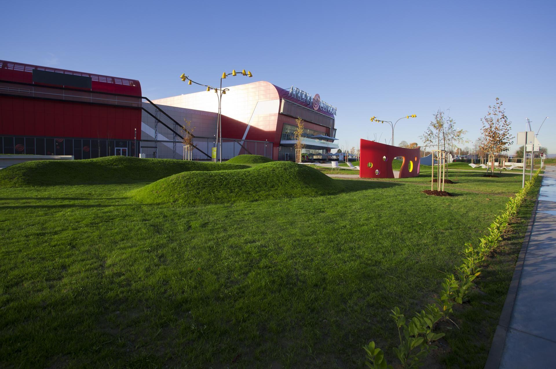 Arena Centar Commercial Center With Unique Landscape Deisgn By Upi 2m Zagreb Croatia Landscape Arena Image