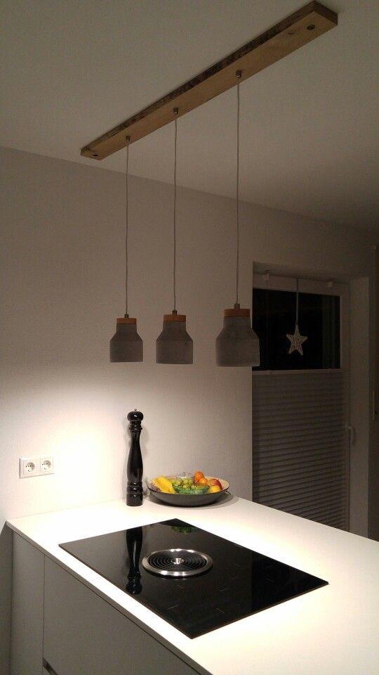 küchenlampe mit betonlampen und eichenverblendung