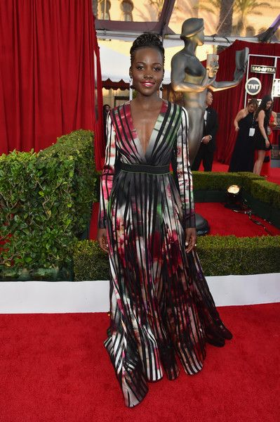 LUPITA NYONG'O @21ST SAG AWARDS RED CARPET 2015 | Lupita Nyong'o At The 21st Annual Screen Actors Guild Awards2