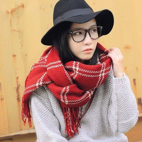 http://www.buyhathats.com/plaid-scarf-women-winter-wear-womens-scarf.html